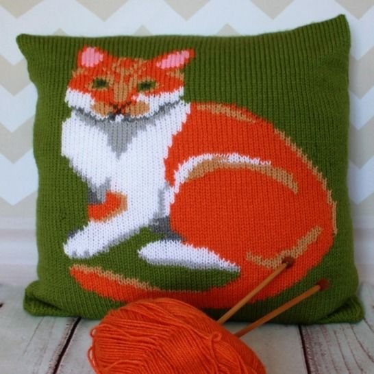 Ginger & White Cat Cushion Cover at Makerist - Image 1