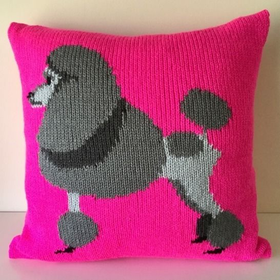 Pippa the Poodle Cushion Cover at Makerist - Image 1