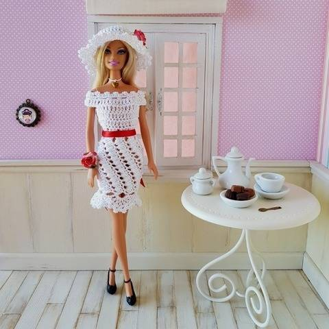 """Romantic"" crochet pattern for Barbie"