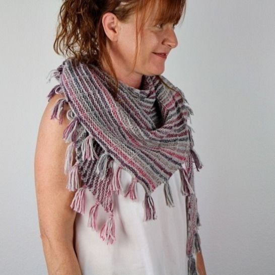 "Knitting pattern shawl ""Mika"" at Makerist - Image 1"