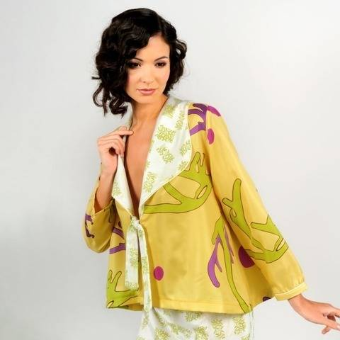 Paola flaired cut top