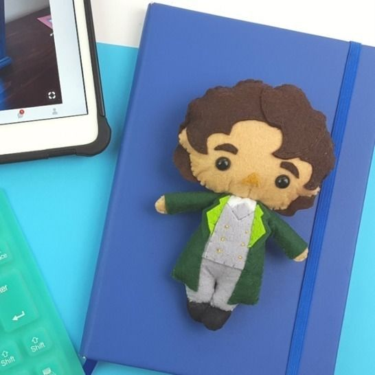 The 8th Doctor Who Doll Pattern at Makerist - Image 1