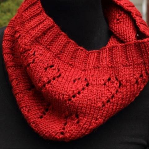 Candy Cane Cowl