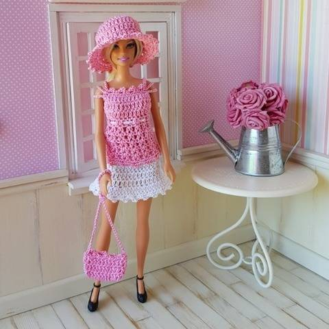 """Vanessa"" crochet pattern for Barbie"