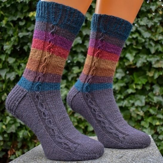 Cabled sock knitting pattern PDF - Vanilla Frappuccino at Makerist - Image 1