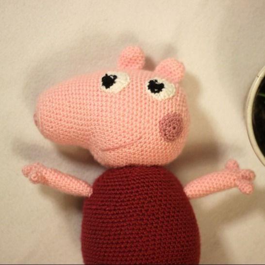 Häkelanleitung - Amigurumi Schweinchen & Eltern bei Makerist - Bild 1