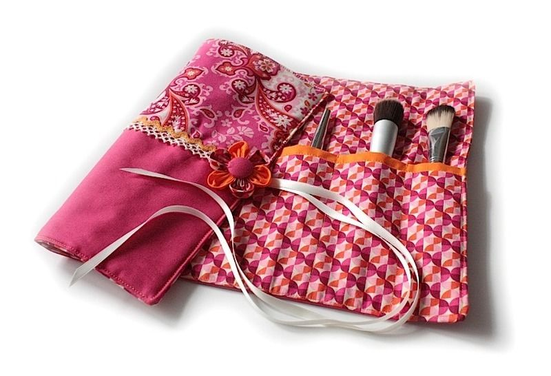 Nähanleitung mit Schnittmuster 'Kosmetiktrolle Zoé'  bei Makerist - Bild 1