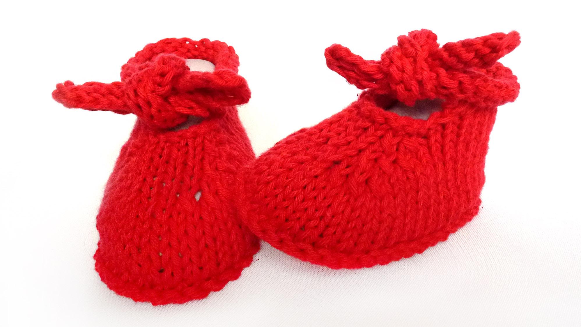 Griottes - Chaussons bébé en coton rouge T 3 mois - tricot