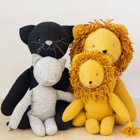 Sewing pattern tutorial stuffed toy cat and lion plush