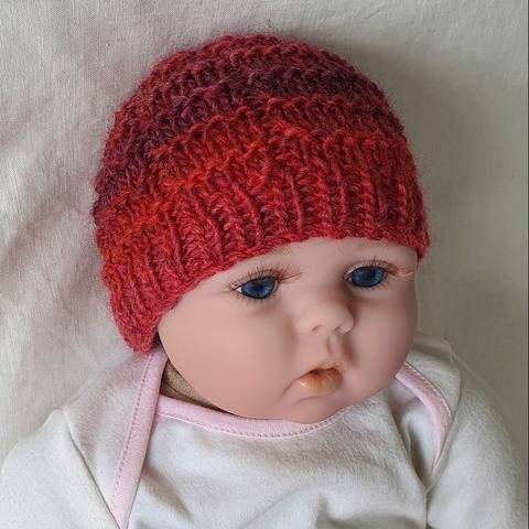 Brody - babies textured beanie with rib brim at Makerist