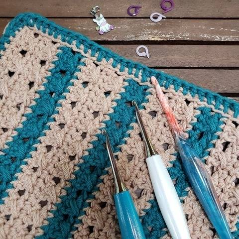 Crossed-stripes - lavette au crochet