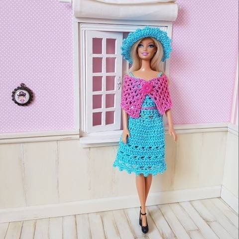 """Ania"" crochet pattern for Barbie"