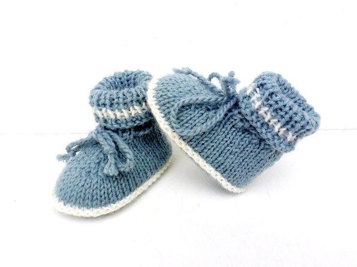 coupon de réduction achat spécial nouveaux produits pour Chaussons bébé tailles 1/ 3/ 6 mois,explications tricot.