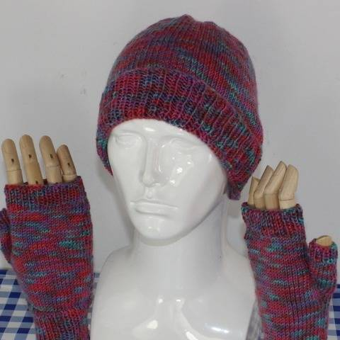 Self Striping Beanie hat & Fingerless Gloves