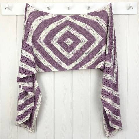 Line Dance - a shawl with garter stitch and lace pattern.