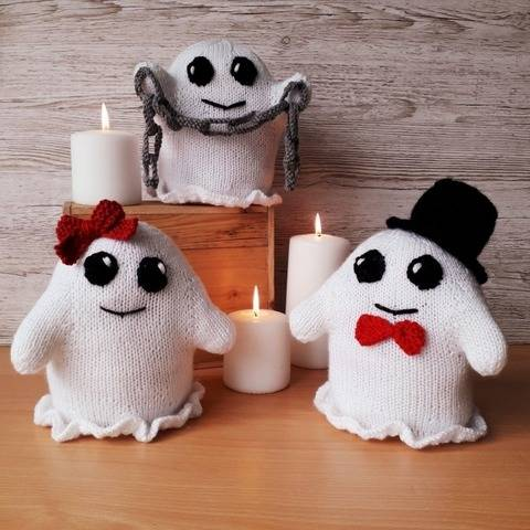 Happy Halloween Ghosts Knitting Pattern