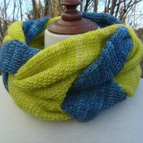 Twisted - Tunisian crochet cowl