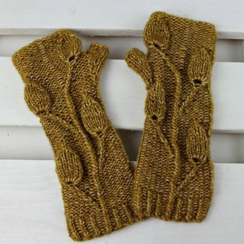 "Knitting pattern fingerless Gloves ""Goden Leaves"""
