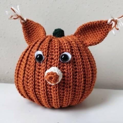 Pumpkin Pals Squirrel