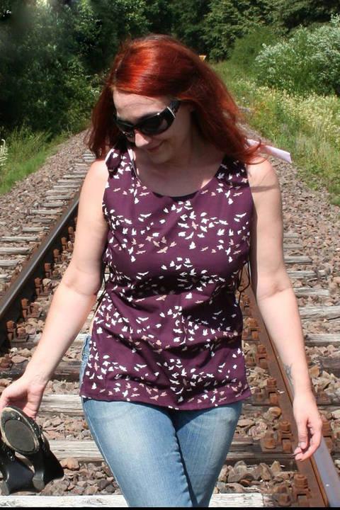 Geknotetes Shirt Amy Nahanleitung und Schnittmuster - eBook