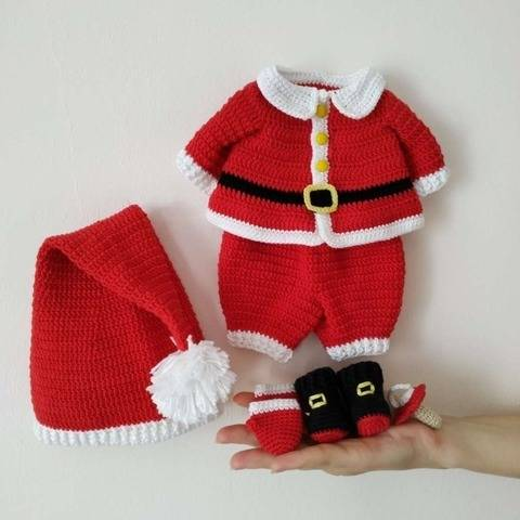 Amigurumi Christmas doll outfit pattern