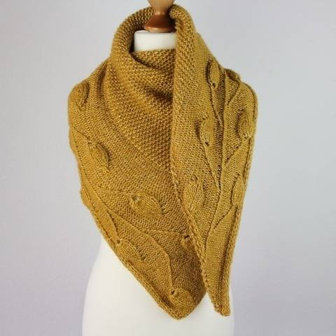 "Strickanleitung Tuch ""Golden Leaves"""