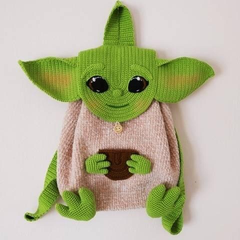 Backpack amigurumi pattern Yoda