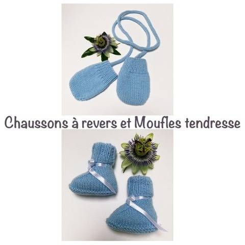 Chaussons à revers et moufles tendresse