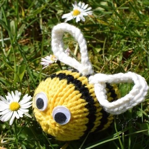 Dizzy Bee at Makerist