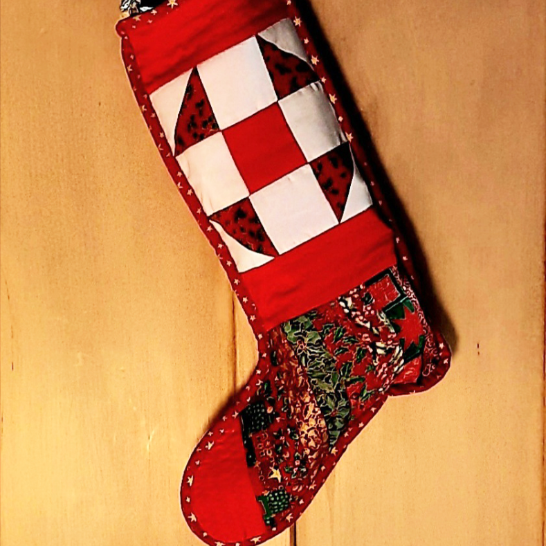 Christmas stocking PDF quilt pattern JOLLY HOLLY