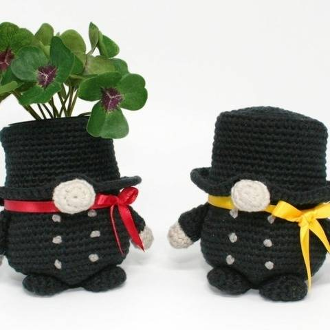 Chimney Sweep Gnome - Lucky Charm - Crochet Pattern at Makerist