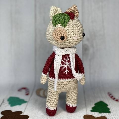 Amigurumi - Lucy the Christmas cat at Makerist