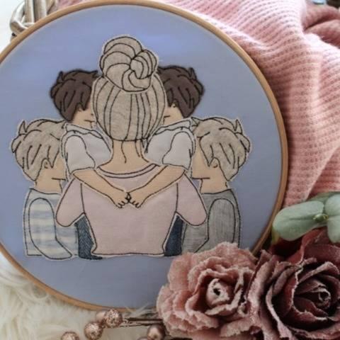 Stickdatei Mama mit 4 Söhnen Doodle Set