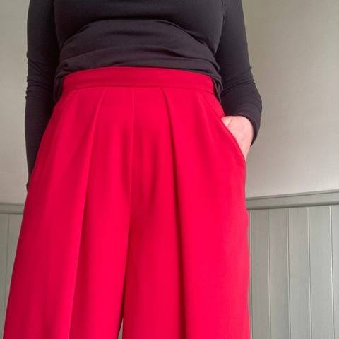 The Florence Trouser Sewing Pattern at Makerist