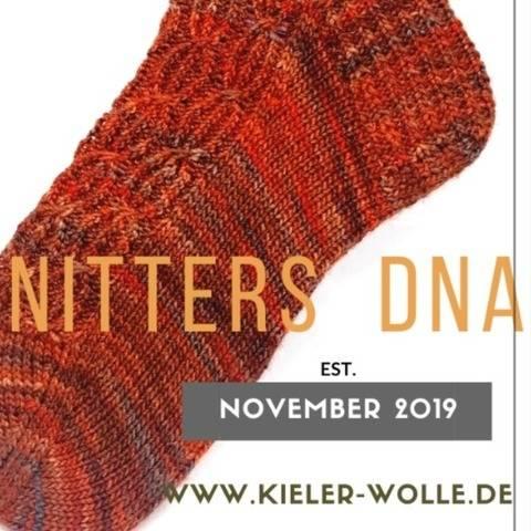 """Socken """"Knitters DNA"""""""