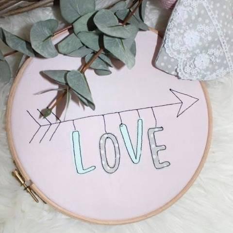 Stickdatei Love Arrow Doodle