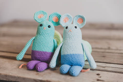 Souris bicolore Kawaii - Patron de crochet chez Makerist