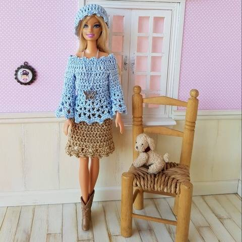 """Zinnie"" patron crochet poupée Barbie"