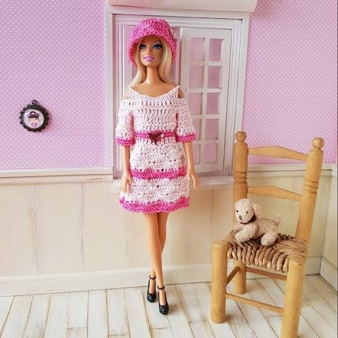"""Small Hearts"" crochet pattern for Barbie"