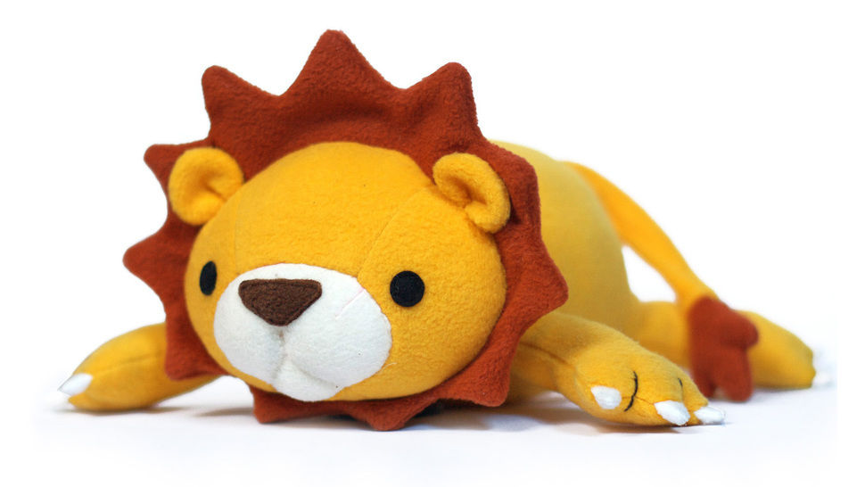 Lucky the lion soft toy sewing pattern - ENGLISH version pdf bei Makerist - Bild 1