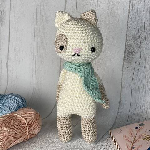 Amigurumi - Hector the cat - crochet pattern