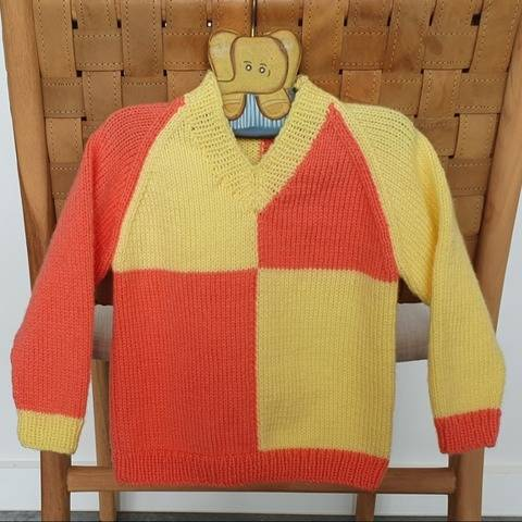 Child's 8ply V neck raglan jumper in two colours - Peyton