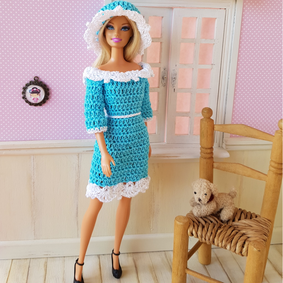 """Apolline"" patron crochet poupée Barbie"