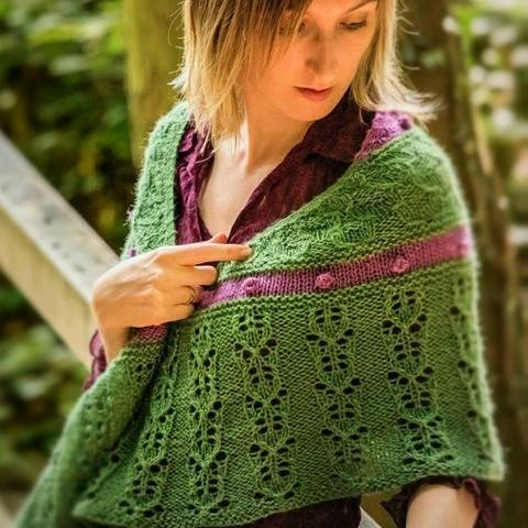 Strickanleitung Tuch Water Lilies bei Makerist