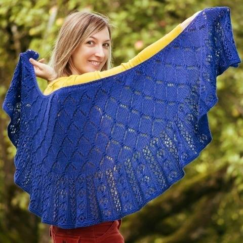 Strickanleitung Tuch Starry Night bei Makerist