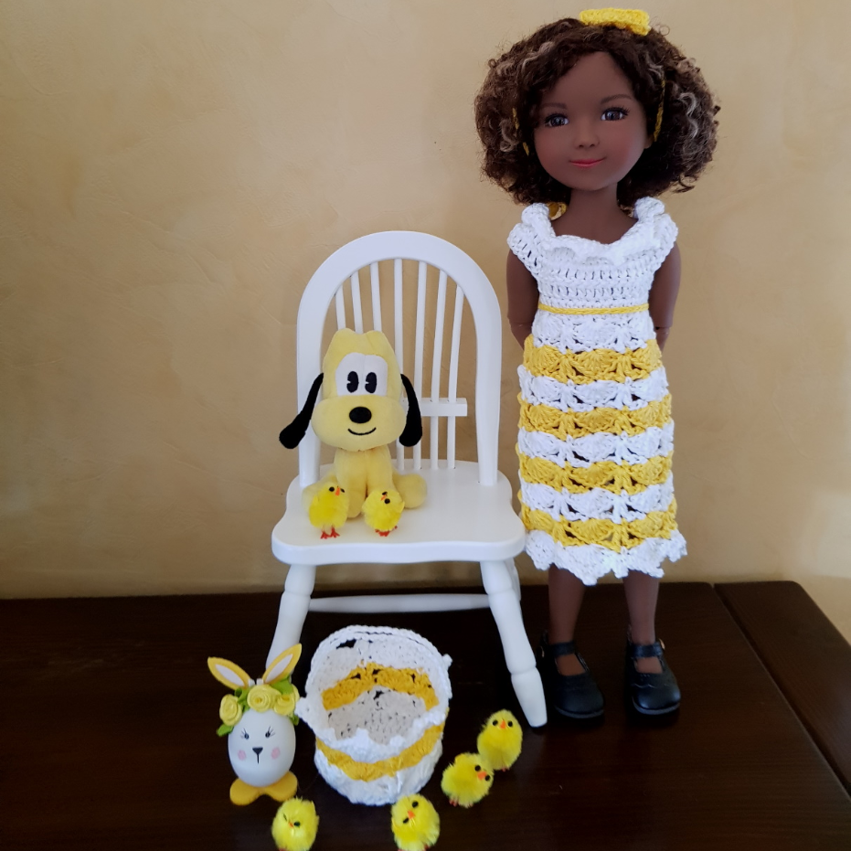 """Miss Pâques"" patron crochet poupée Fashion Friends"
