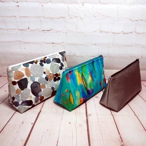 Guernsey Zipper Pouch sewing pattern (3 sizes) at Makerist