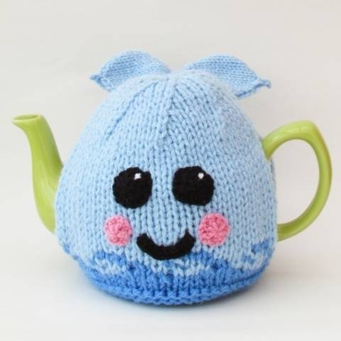 Blue Whale Tea Cosy Knitting Pattern