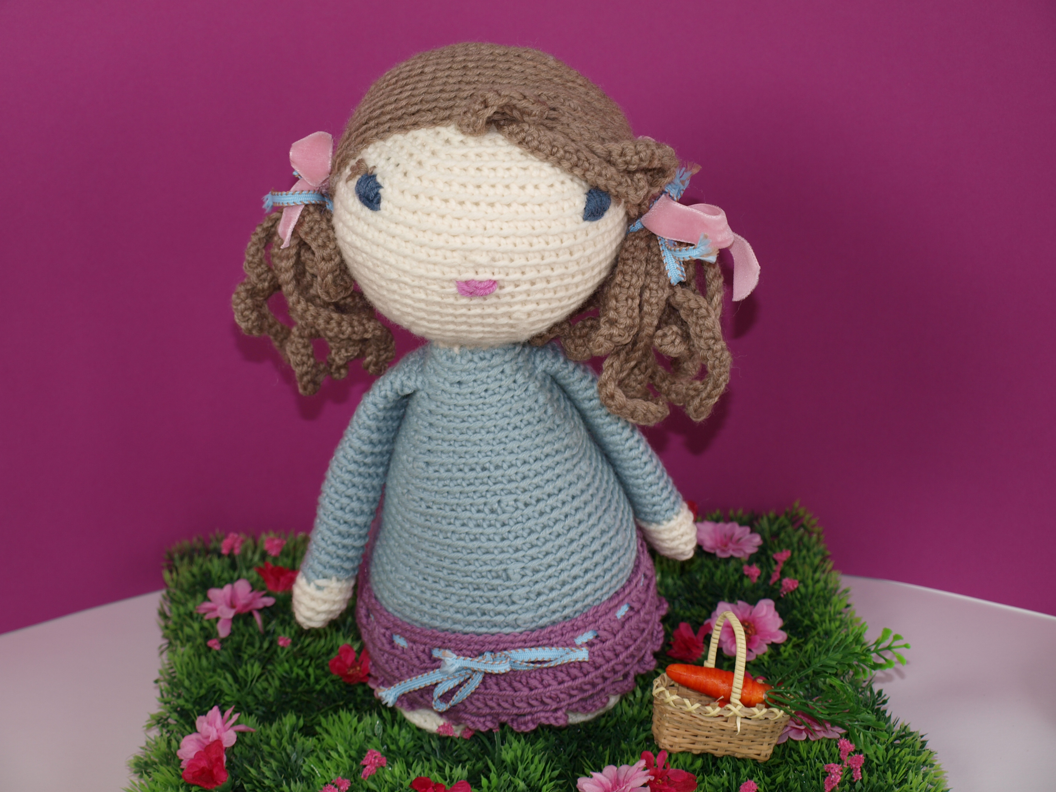 Crochet Doll Tutorial - Lucy