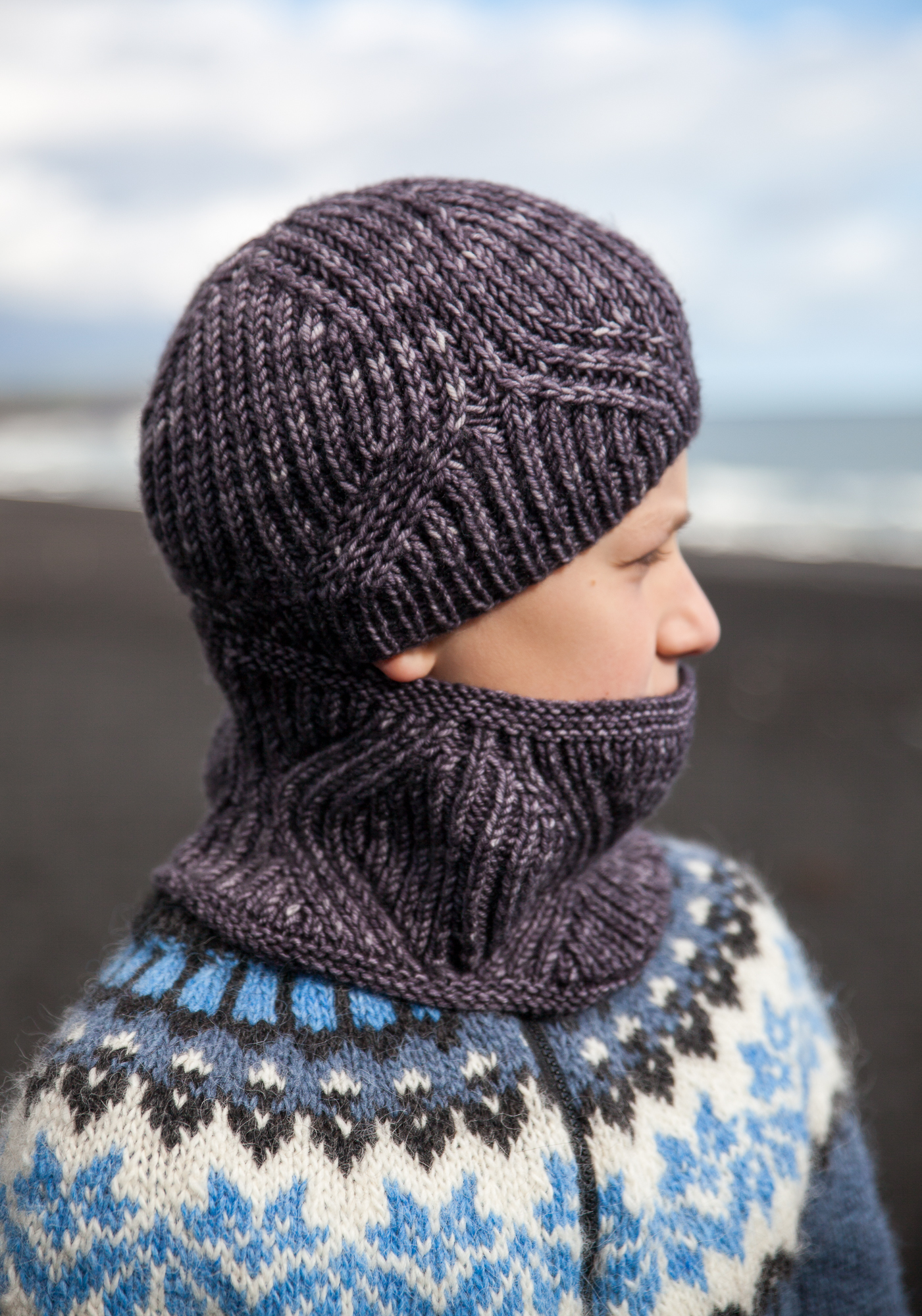 Vegvisir Cowl and Hat - Knitting